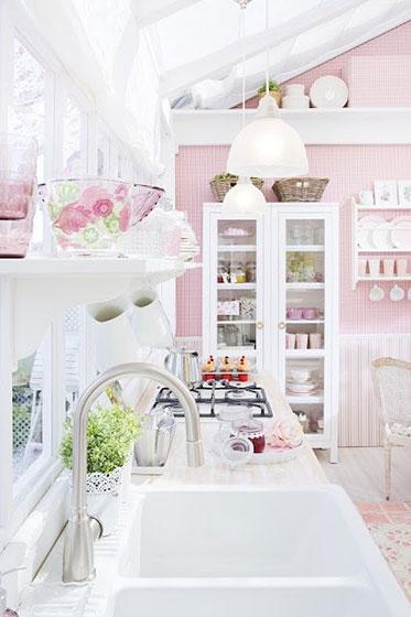 粉色可爱风格厨房