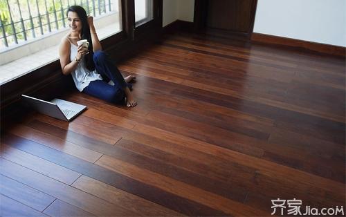 其实对于强化复合木地板也差不多,而不像以前的实木木地板保养非常有