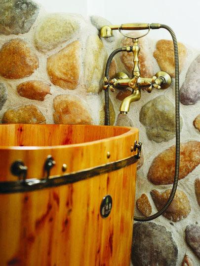 木桶浴缸的清洁