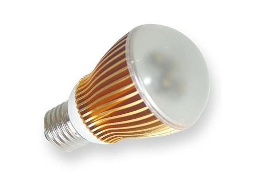 节能灯和led灯哪个好 节能灯和led灯的区别对比图片