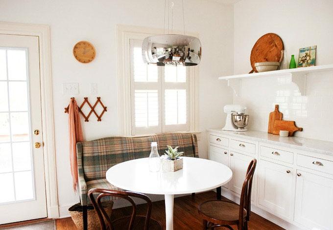 小户型用餐首选小尺寸餐桌