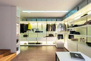 167平米超简洁空间衣帽间设计