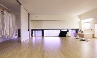 43平米小户型空间阁楼衣帽间设计