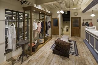 潮流服装店室内装饰设计图片