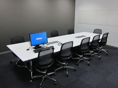 极简会议室装饰设计效果图片