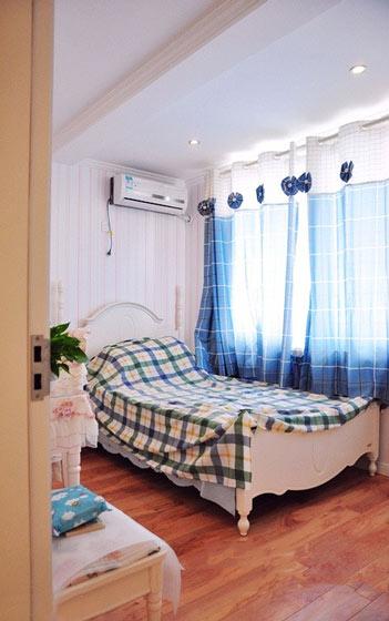 蓝白经典地中海卧室