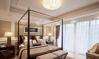实木床架给卧室增添复古范