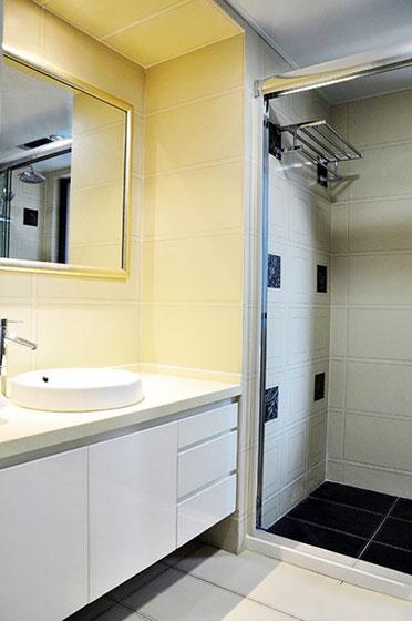 107平米简欧装修风格卫生间设计