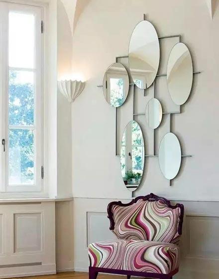 组合镜子装扮玄关
