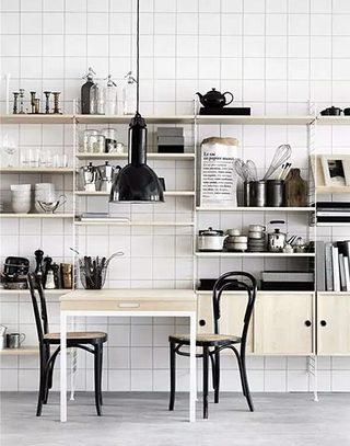 折叠餐桌为家省空间