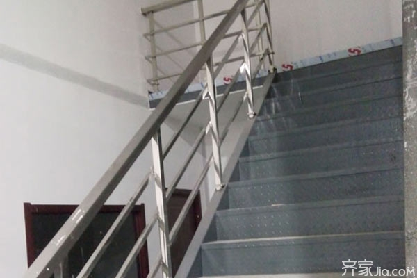不锈钢楼梯扶手多少钱一米 不锈钢楼梯扶手价格