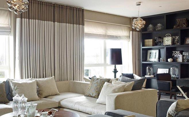 客厅双层窗帘好遮光