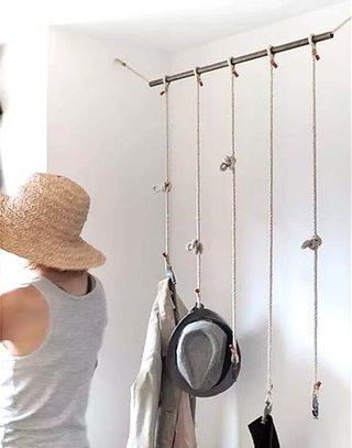 个性悬挂式简易衣架设计