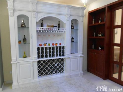 欧式酒柜设计风格 欧式酒柜彰显出品质生活图片