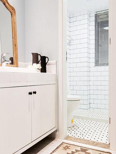 90平米简洁典雅空间卫生间设计