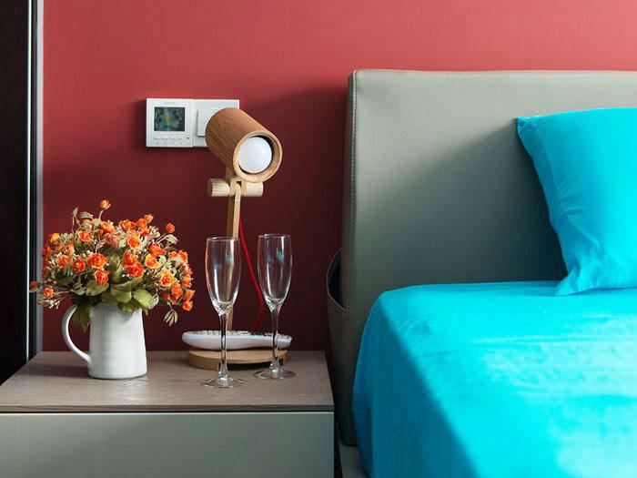 80平装修效果图卧室床头设计