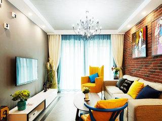 80平装修效果图客厅电视墙设计