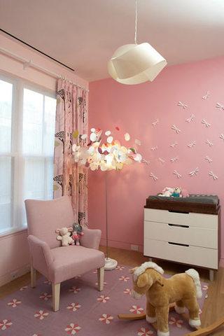 粉色儿童房效果图