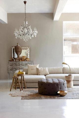 温馨米黄色客厅沙发效果图