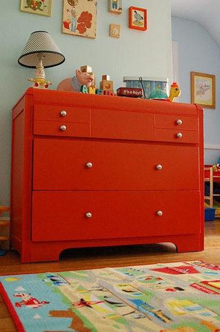 红色热情玄关柜设计