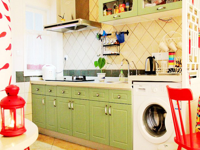 清新绿田园风小厨房橱柜设计