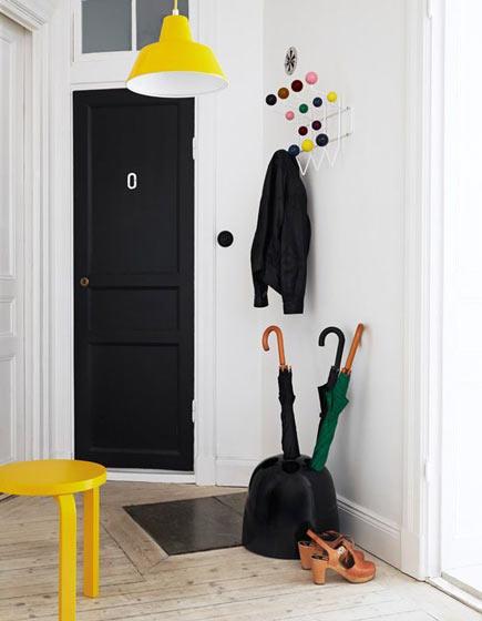 小户型玄关门口收纳方案