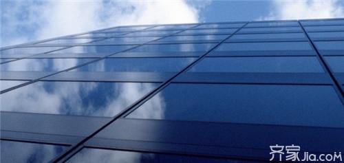 相对于隐框玻璃幕墙,更易满足施工技术水平要求.