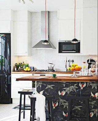 简约精致木质厨房吧台设计图