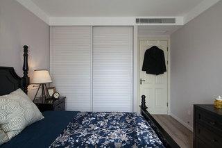 清爽简洁地中海卧室衣柜图片