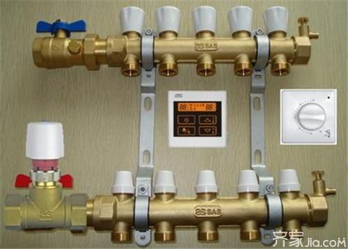 地暖分水器的主要配件有分水器,集水器,内节头,过滤器,锁闭阀,活节头图片