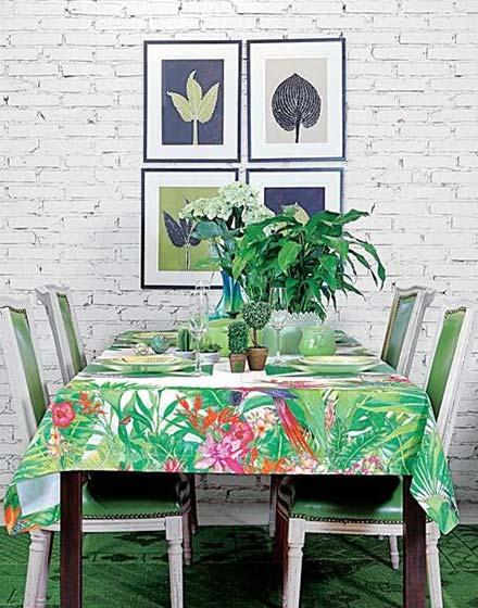 绿意餐厅桌布装饰图片