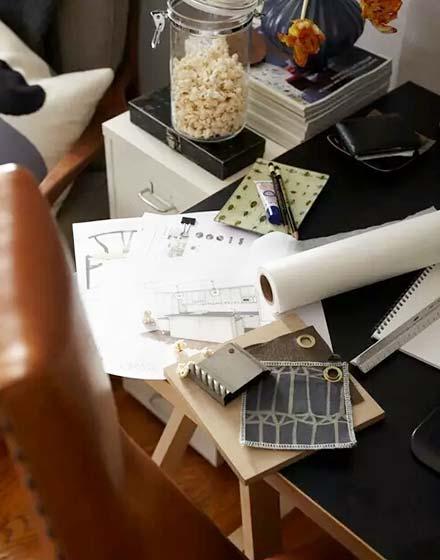 32平一室一厅小户型书桌图片