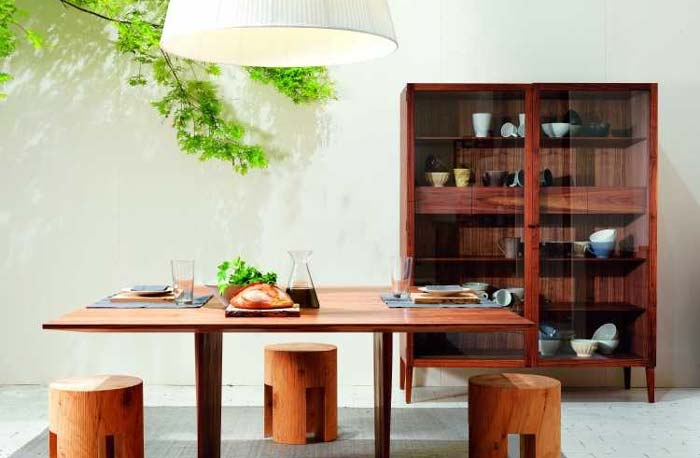 简约餐厅实木餐桌图片