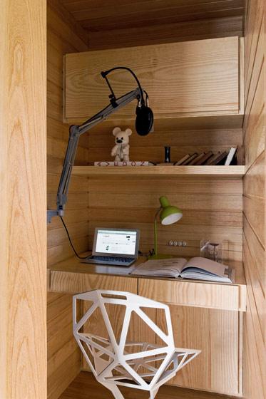 实木书桌装修效果图