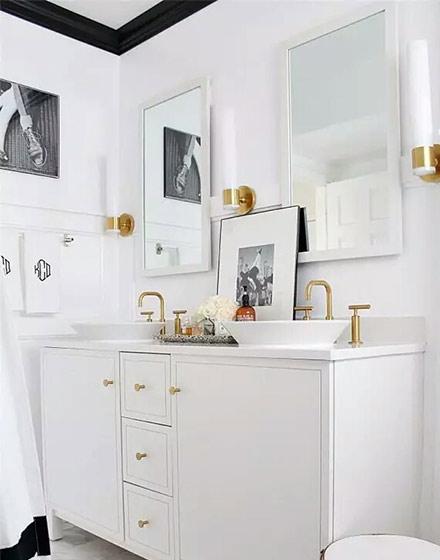 简约白色卫生间橱柜图片