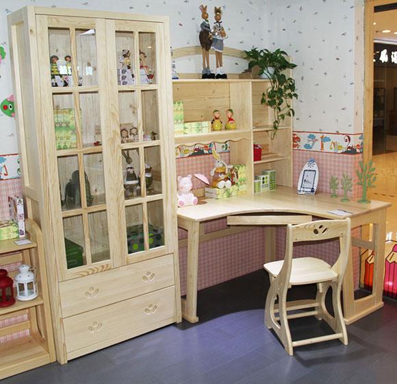 书柜书桌实景图