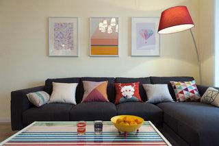 文艺简约风客厅 沙发照片墙效果图