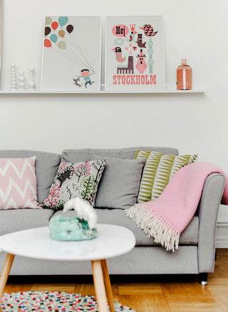 可爱北欧风公寓沙发照片墙效果图