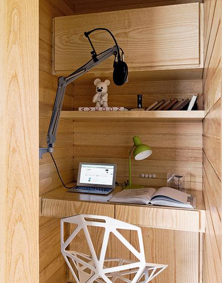 loft风格单身公寓壁橱书房装修图