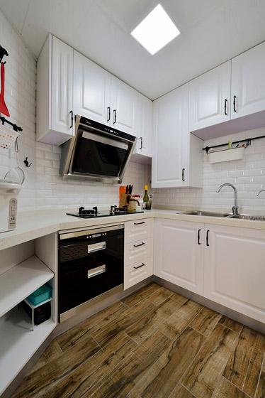 休闲美式厨房白色橱柜效果图图片