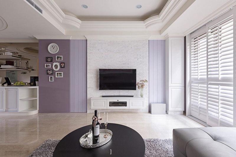 浪漫紫色白色客厅电视背景墙装修效果图