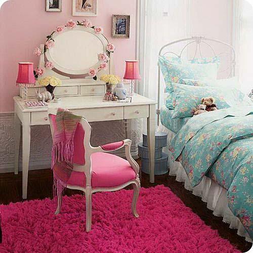 粉色卧室效果图