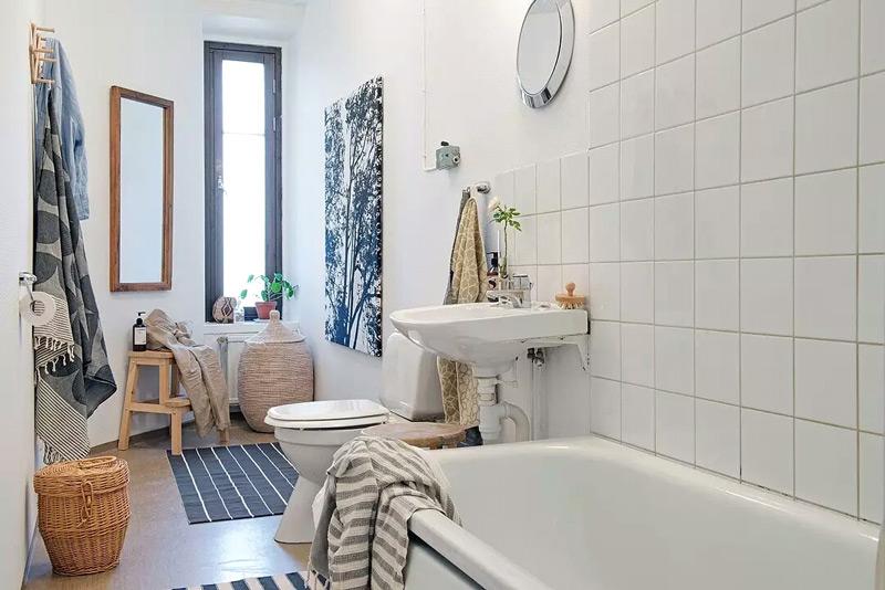 90平米二居室卫生间装修图