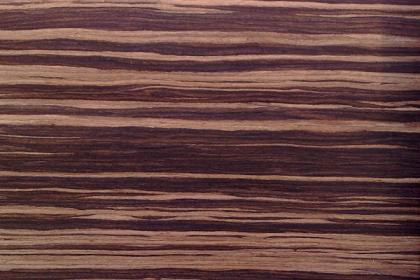 齐家百科 生活百科 常识 木皮  木门所用木皮的直纹,花纹就是通过不同