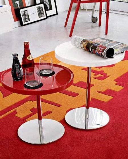 红色客厅茶几装修装饰效果图