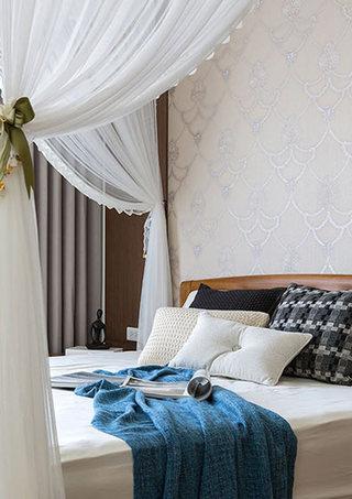 140平米浪漫带帷幔卧室效果图