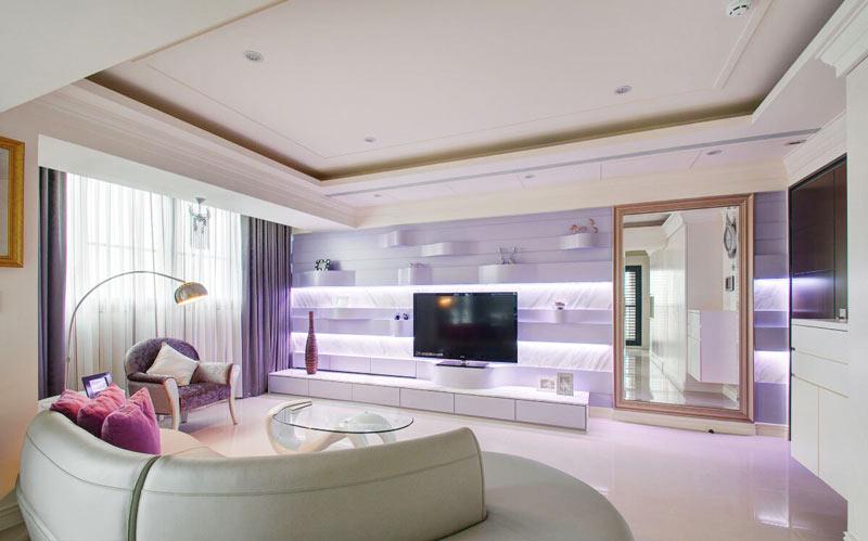 浪漫简欧风客厅 紫色电视背景墙设计