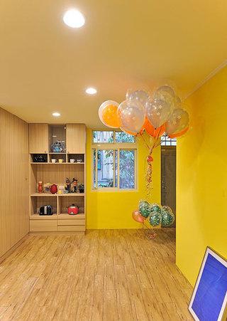 黄色系宜家风家居展示柜设计