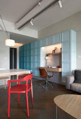 简约轻工业客厅 蓝色书柜装修设计