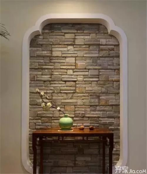 厨房利用了原北阳台的空间,采用了偏中式的仿古砖和腰线.图片
